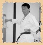 Сэнсэй Яхара объясняет, как правильно работать с макиварой