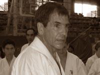 Тренировку проводит сэнсэй Малькольм Дорфман (ЮАР)