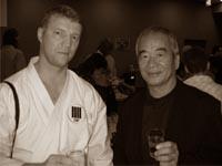 Исполнительный директор KWF России Александр Терехин с исполнительным директором KWF Хёджи Тао