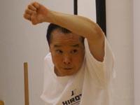 Исака Акихито