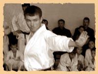 Замалиев Динар исполняет ката