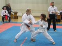 Соревнования по кихон иппон кумитэ среди девочек 10-11 лет
